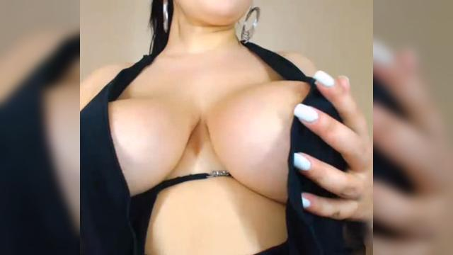 cum on her face group sex
